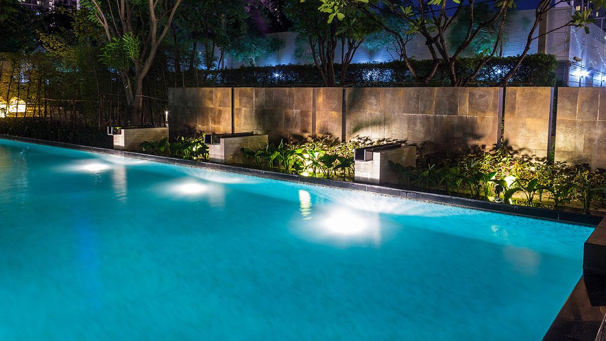 Zwembad met EUROMAC2 zwembadblokken